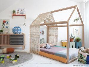 lit cabane esprit montessori choisir lit cabane chambre enfant. Black Bedroom Furniture Sets. Home Design Ideas