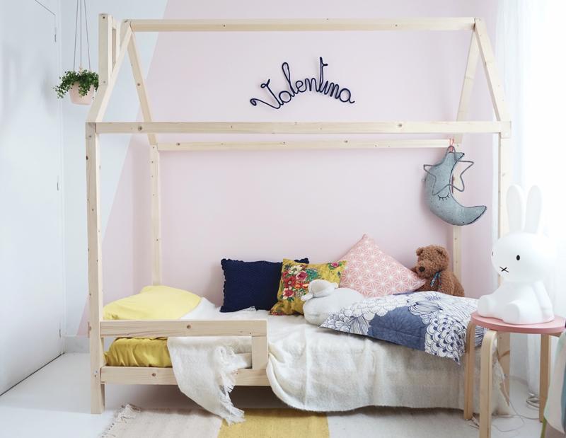 lit cabane esprit montessori choisir lit cabane chambre. Black Bedroom Furniture Sets. Home Design Ideas